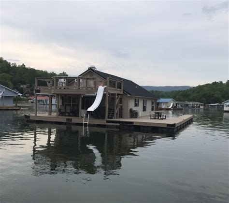 norris lake floating house rentals flat hollow marina on norris lake tennessee floating house eagles nest