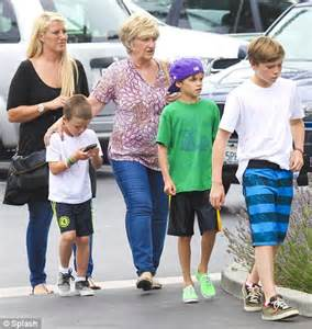 What Is The Bathroom Called In England Victoria And David Beckham S Sons Spend Time With Auntie