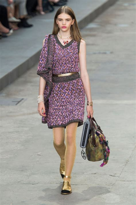 spring 2015 fashion over forty chanel at paris fashion week spring 2015 stylebistro