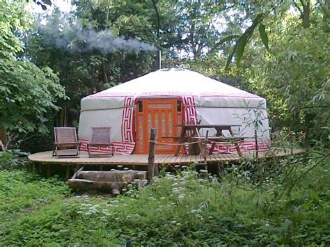 willow island yurt