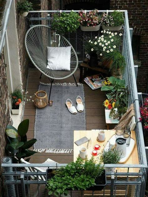 Balkon Dekorieren Ideen by Beautiful Ways To Decorate Your Small Balcony Themsfly