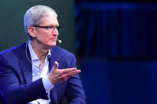 apple executives here s why apple is going to war over fbi backdoor order