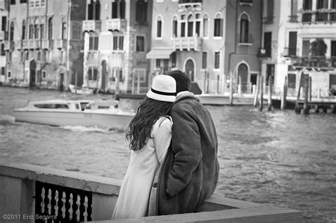 photography lovers lovers in venice whereaboutsphoto