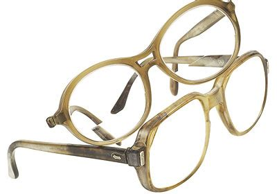 are eyeglasses tax deductible glass