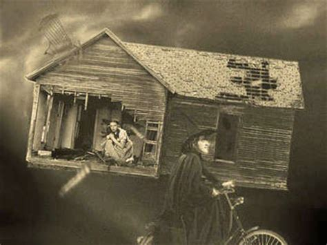 dorothy s house wizard of oz the wizard of oz tornado photo the wizard of oz