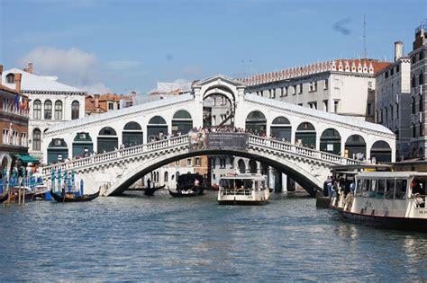 Diadora Rialto Iin 15 L rialto bridge san marco san polo 1591 structurae