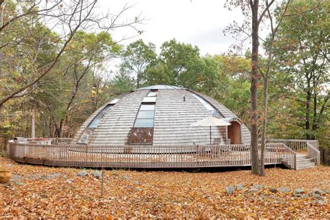 dome shaped house flying saucer shaped house takes design to new heights