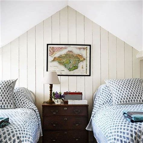 attic bedroom ideas 25 best ideas about small attic bedrooms on
