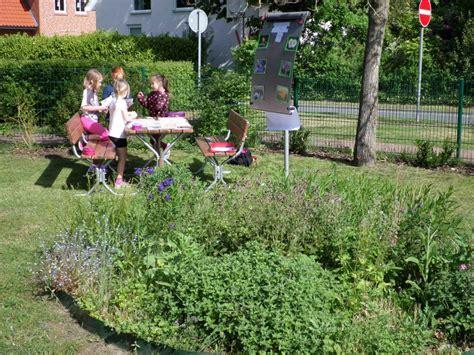 Garten Gestalten Lernen by Im Schulgarten Empathie Lernen Gartenr 228 Ume