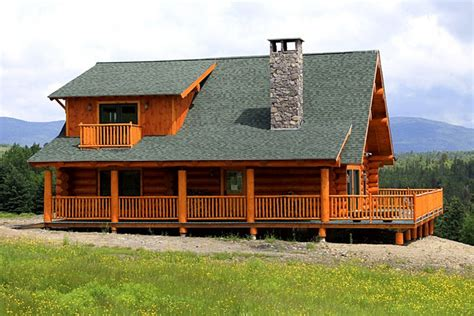 prefabricated log home photograph
