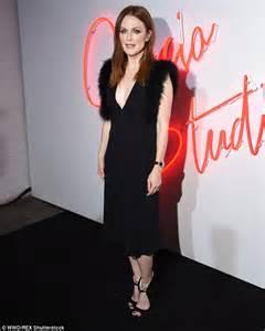 julianne moore 55 exudes elegance in plunging black