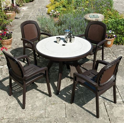 italian patio furniture nardi toscana coffee patio set with beta chairs