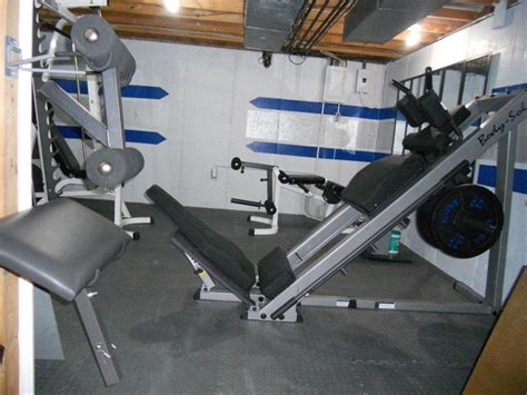 parabody bench attachments submitted by scott s here is my basement home gym l ll