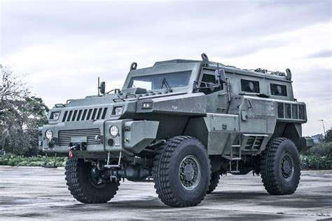 armored hummer top gear panzerfahrzeug marauder autobild de