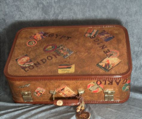 Decoupage Vintage Suitcase - decoupage paper an crafts newsletter september 2006