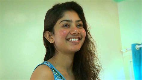 malayalam film actress dubsmash actress sai pallavi stills cine punch