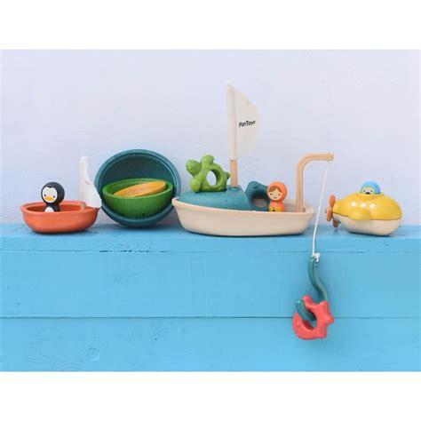 Plan Toys Sea Bath Set Pt5658 plan toys activity boat