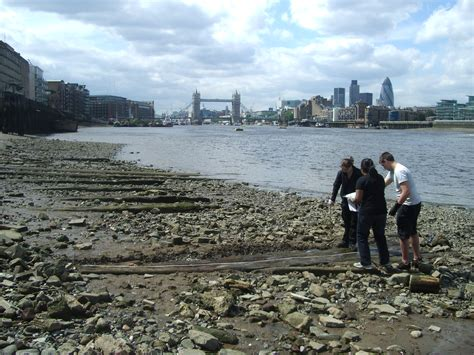 thames river low tide thames discovery programme