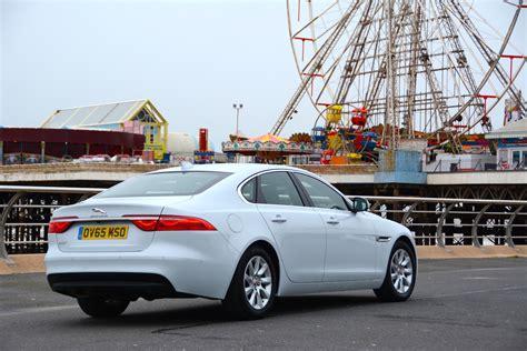 auto manual repair 2011 jaguar xf lane departure warning jaguar xf 2 0 i4 diesel 163ps manual review greencarguide co uk
