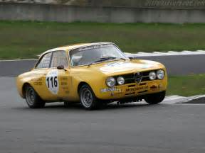 Alfa Romeo Giulia 1750 Alfa Romeo Giulia 1750 Gtam High Resolution Image 1 Of 6