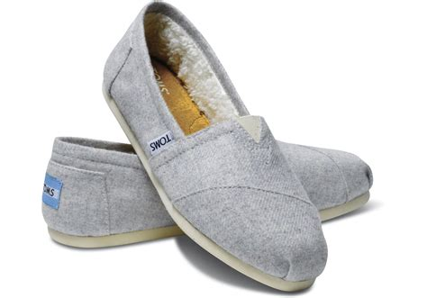 Gfa 21 Lace Valentino Classic Shoes 1 lyst toms grey light wool s classics in gray