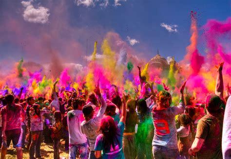 celebrate color festival of colors in berlin holi open air berlin enjoy
