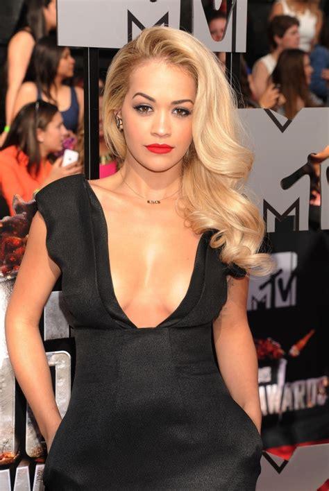 Moen Brantford Kitchen Faucet Rita Ora Ethnicity Is Rebecca Ferguson Black