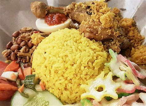Iconic Indonesia Cookbook top 10 food you must eat indonesia travel guide