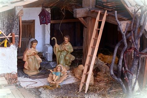 crib christmas nativity scene  photo  pixabay