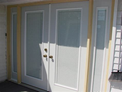 Door Shades For Doors With Windows Ideas Mini Blinds For Doors With Windows Window Treatments Design Ideas