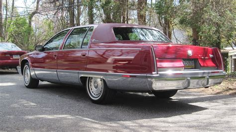 where to buy car manuals 1992 cadillac fleetwood interior lighting service manual where to buy car manuals 1995 cadillac fleetwood parental controls 1995