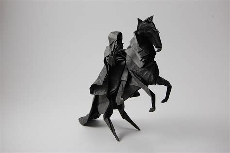 Origami Nazgul - origami from the lord of the rings and the hobbit