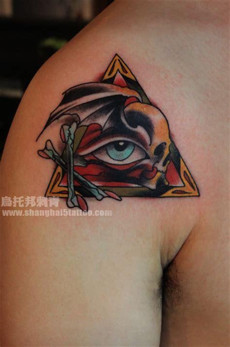 全视之眼 恶魔 上海纹身店 上海乌托邦纹身 专业纹身店 以专业技术和真诚态度带给每一位纹身爱好者独一无二 风格独特