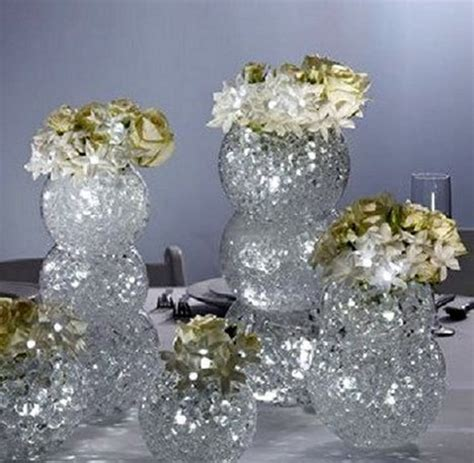 Clear Vase Centerpiece Ideas by How To Make A Centerpiece Water