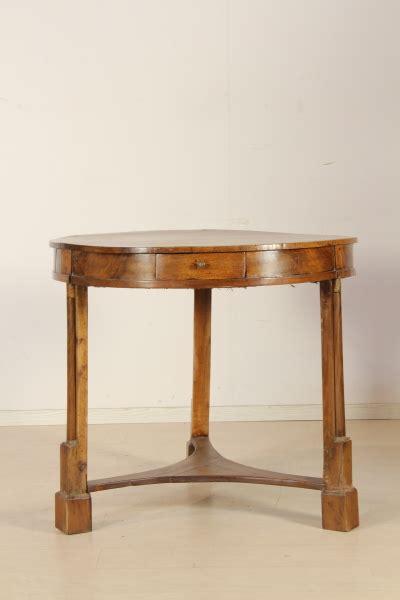 tavoli di antiquariato tavolo tavoli antiquariato dimanoinmano it