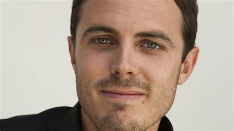 casey affleck to produce star in boston strong mxdwn