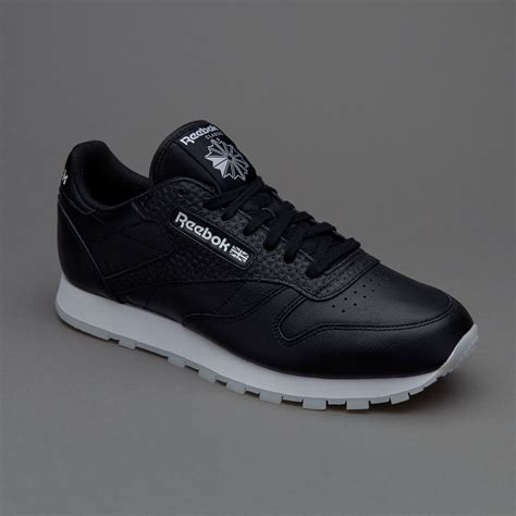 sepatu sneakers reebok cl leather id black