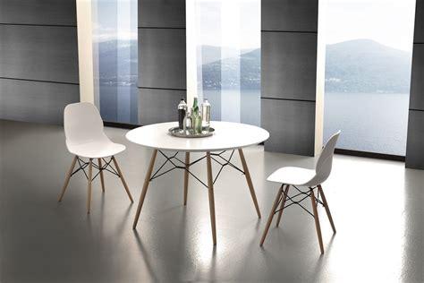 tavoli tondi da cucina tavolo da cucina rotondo in legno design soggiorno moderno