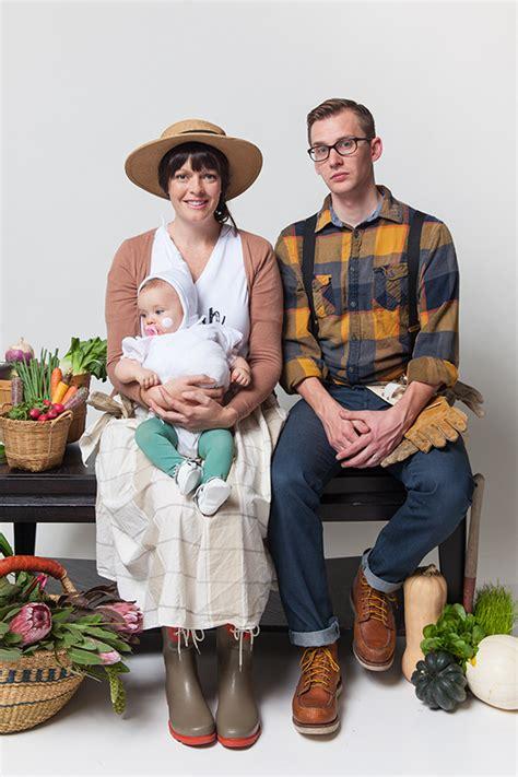 Gardener Costume by Family Costumes Gardeners And Garlic Say Yes
