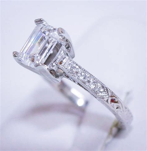 Sell Your Diamond Jewelry in Santa Fe, NM