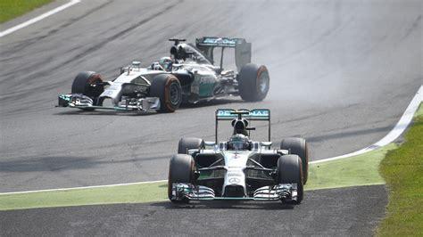 Italy Fastis 2018 Hamilton Takes Advantage Of Rosberg Error To Win In Italy