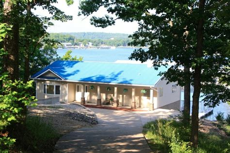 lake front single family home lake ozark mo vacation
