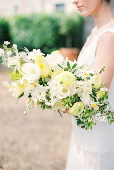 Wedding Aisle Bouquets by 1592 Best Wedding Bouquets From Aisle Society Images On