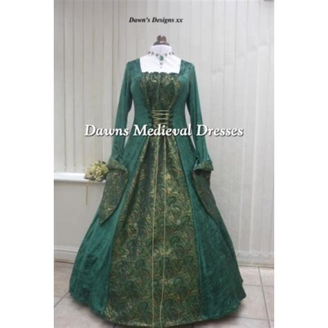 Dres Brocade Hq green velvet and brocade dress dawns
