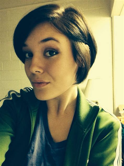 pictures growing out pixie cut growing out a pixie cut hairstyles pinterest