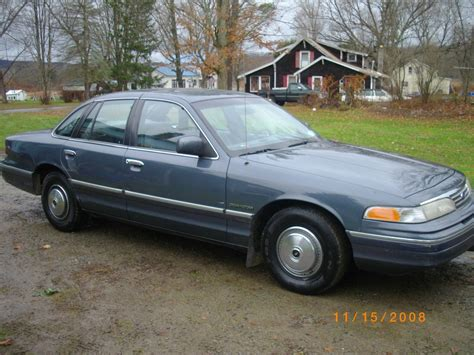 online auto repair manual 1993 ford crown victoria electronic valve timing service manual 1993 ford crown victoria manual backup 1993 ford crown victoria owners manual