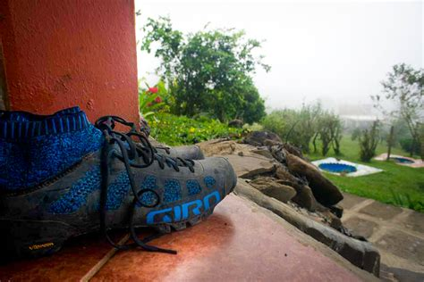 bike shoe reviews review beat the heat with giro s empire vr70 knit