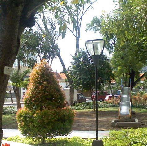 perosotan anak  taman surabaya pesona taman kota surabaya