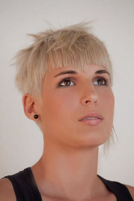 short hair cut pictures for hairstylist super short haircut