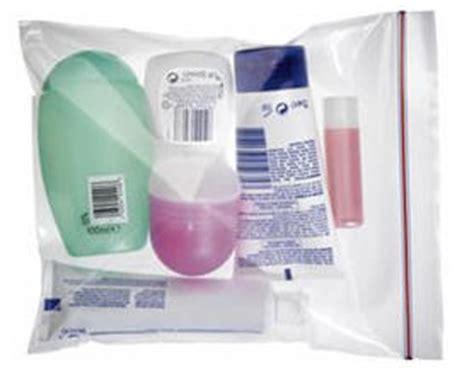 si possono portare liquidi nel bagaglio a mano bagaglio a mano ryanair tutto quello c 232 da sapere
